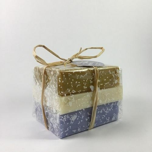 Natural soap 100% vegetal hand made in provence with Lavender and olive oil
