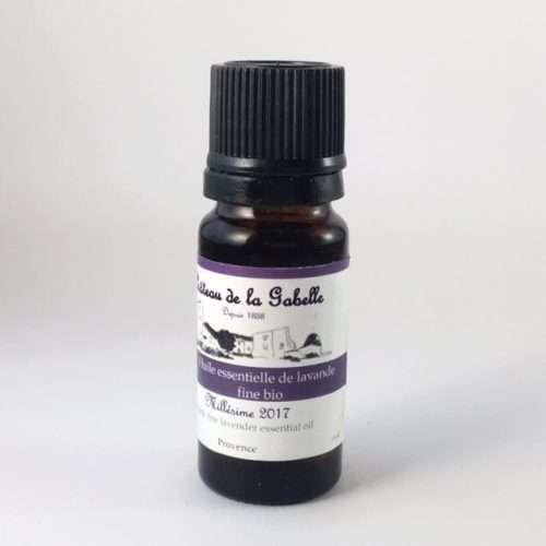 Flacon d'huile essentielle de lavande fine de Provence variété angustifolia pour une aromathérapie qui détend