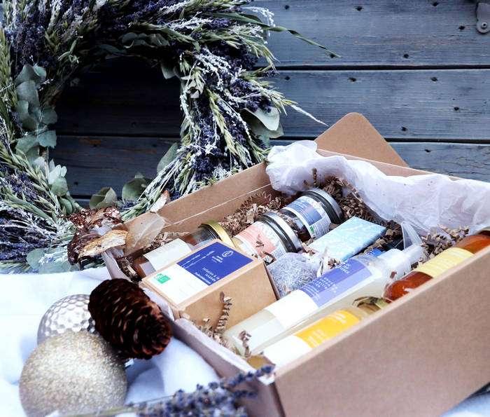 Composition de produits cadeaux pour noel 2020 avec des produits d'épicerie fine de Provence