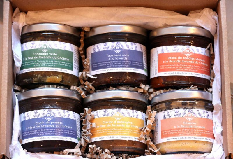 Un coffret de Noël original avec des apéritifs de Provence à la lavande et bio direct depuis chez le producteur, un vrai délice !