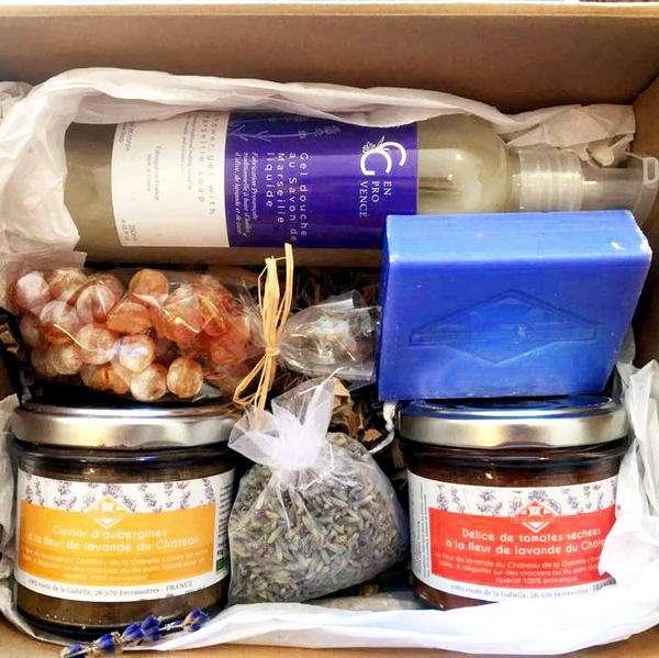 Cadeau souvenir de voyage en Provence avec des produits originaux à la lavande fabriqués en France et bio
