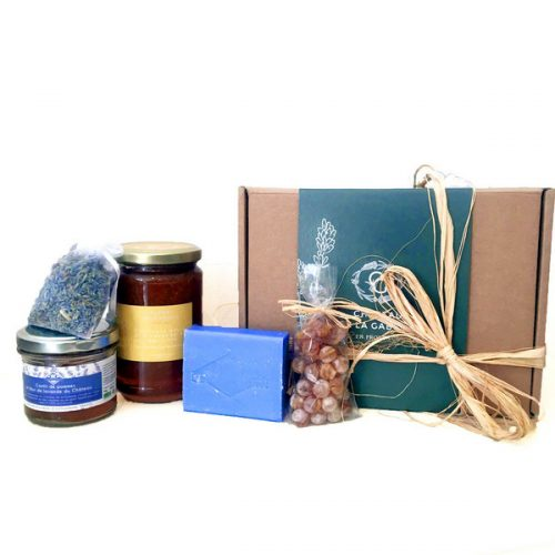 a gift box with products coming directly from Provence with some delicatessen made with lavender