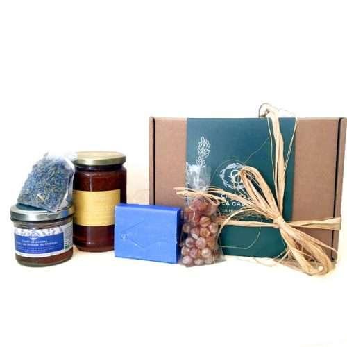 Coffret cadeau fête des mères avec des produits à la lavande bio de Provence